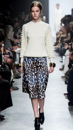 The Wild Punk #Skirt  Grunge Leopard #Print #Fashion #Trend for all Winter 2013 I Maison Rabih Kayrouz  #Fall2013 #trendy #print