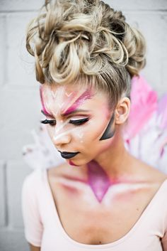 Pink flamingo Halloween makeup! Easy-to-do Halloween makeup ideas.