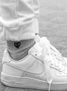 $35 Comme Des Garçons Grey Socks With Black Heart Logo Nike Bright White Summer Sneakers And White Tracksuit Pants Monochrome All White Summer Outfit