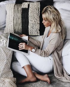 Comfy outfit - striped tee, long cardigan sweater and cropped white jeans