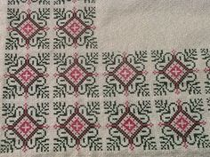 Cross Stitching, Cross Stitch Embroidery, Embroidery Patterns, Cross Stitch Cushion, Cross Stitch Designs, Needle And Thread, Needlepoint, Bohemian Rug, Knitting Needles