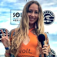 The Shannon Reporting Interview: Sexism, surfing Nazaré, and staying vibrant Skater Girl Outfits, Skater Girls, Female Surfers, Big Wave Surfing, Surf Style, Big Waves, Female Athletes, Ladies Dress Design, Role Models