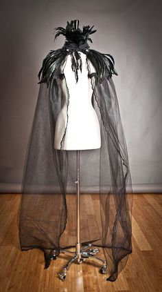 Items similar to Custom listing One size Black Cape High feather collared with black rose trim tulle and lace Cape Perfect for Halloween on Etsy Diy Halloween, Costume Halloween, Raven Costume, Witch Costumes, Holidays Halloween, Halloween Makeup, Halloween Decorations, Devil Costume, Vintage Halloween