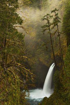 Metlako Falls - Oregon, USA