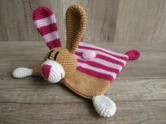 Baby Knitting Patterns Animals Do it yourself made easy. Video courses, tutorials and materials around the n … Knitting Patterns Boys, Amigurumi Patterns, Crochet Patterns, Peter Rabbit And Friends, Dou Dou, Baby Lovey, Lovey Blanket, Pom Pom Mobile, Crochet For Boys