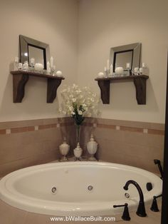 Large corner tub in the master bathroom