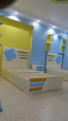 Bismillah Open Order 🙏 How to order and more information: 📱Call/WA/LineID: 082137067547 Ukuran standard tempat tidur : 👉 90 x 200 cm (No. x 200 cm (No. 3 Single Size) x 200 cm (No. 2 Queen Size) x 200 cm (No. 1 King Size) x 200 cm (Super King Size) Classic Bathroom Furniture, Boys Bedroom Furniture, Kids Bedroom Sets, Boys Room Decor, Kids Rooms, Bedroom Cupboard Designs, Wardrobe Design Bedroom, Kids Room Design, Bed Design