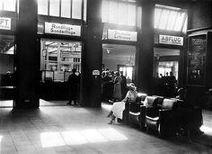 1928 Abfertigungshalle Flughafen Berlin-Tempelhof