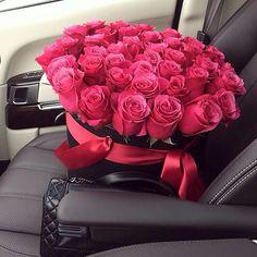 Deixando um Mimo para você...  Em forma de rosas!