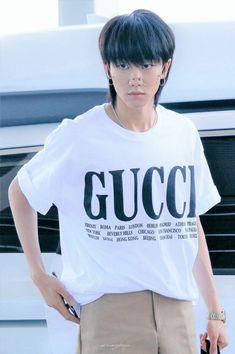 พี่แปดผู้ใส่แว่นไม่เคยผ่านตา😂#The8 Woozi, Wonwoo, Jeonghan, Seventeen Minghao, Seventeen Scoups, Choi Hansol, Seventeen Debut, Seventeen Wallpapers, Grunge
