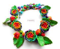 Colier cu trandafiri curcubeu Jewelry, Jewlery, Bijoux, Schmuck, Jewerly, Jewels, Jewelery, Fine Jewelry, Ornament