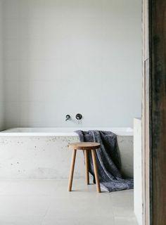 bath / simple