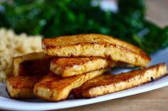 Pečené marinované tofu natural