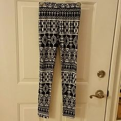 TEEN LEGGINGS Size small teen leggings. Black and white aztec design. Super soft fabric, made of polyester and spandex. Never worn. NWOT Say What? Pants Leggings
