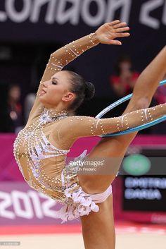 London 2012 - Gymnastics Rhythmic - Individual All-Around -. Gymnastics Problems, Gymnastics Poses, Acrobatic Gymnastics, Gymnastics Photography, Gymnastics Pictures, Sport Gymnastics, Artistic Gymnastics, Sports Pictures, Foto Sport