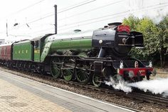 60103 Flying Scotsman at York Severn Valley, Flying Scotsman, Model Train Layouts, Steam Engine, Steam Locomotive, Model Trains, Great Britain, Costa, Old Things