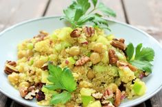 Recettes santé | Nutrisimple | Salade de quinoa, pois chiches, vinaigrette érable & cari