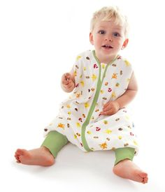Soft to the touch and gentle against the skin, muslin cotton sleeping bags are ideal for delicate baby skin. Made from cotton muslin, these baby sleeping bags are breathable to help reduce the risk of overheating. Baby Driver, Baby Taube, Baby Metal, Sleep Sacks, Forest Friends, Your Child, Mantel, Favorite Color, Children