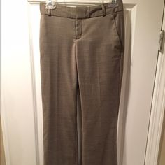 Banana Republic Martin fit trousers - Size 0 These Banana Republic trousers are great for work! Lined with silky material. Banana Republic Pants Trousers