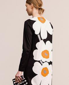 Marimekko Retro Vintage Dresses, Retro Dress, Fabulous Dresses, Simple Dresses, Only Fashion, Slow Fashion, Layered Fashion, Textiles, Marimekko