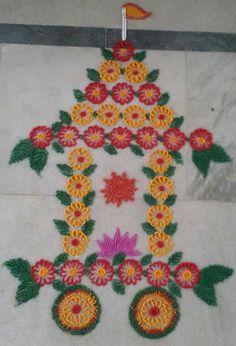 Radham rangoli for rathasaptami Rangoli Colours, Rangoli Patterns, Colorful Rangoli Designs, Rangoli Ideas, Rangoli Designs Images, Rangoli Designs Diwali, Diwali Rangoli, Beautiful Rangoli Designs, Rangoli With Dots