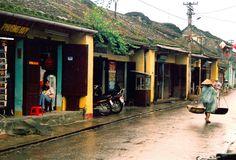 Hoi AN in rainy days http://hoianfoodtour.com/top-7-fun-hoi-an-activities-for-new-year-eve/ #hoian #vietnam #rainydays