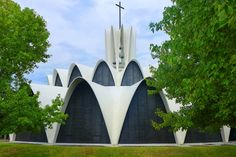 Lee F. Mindel Tours the Remarkable St. Louis Priory Chapel