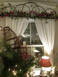 Christmas decor window treatment with snow shoes Christmas Mantels, Christmas 2014, Christmas Decorations, Table Decorations, Holiday Decorating, Decorating Ideas, Decor Ideas, Window Coverings, Window Treatments