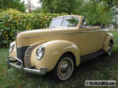 Yes!!!!!! This is the car I want!!! Love it!!!!! 1940 Ford Deluxe Convertible