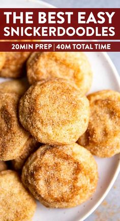These Easy Snickerdoodle Cookies are the perfect addition to your holiday baking! It's the most simple recipe ever and requires NO chilling at all. Healthy No Bake Cookies, Easy Cookie Recipes, Yummy Cookies, Baking Recipes, No Sugar Cookies, Easy Sugar Cookie Recipe, Toffee Cookies, Easy Recipes, Köstliche Desserts