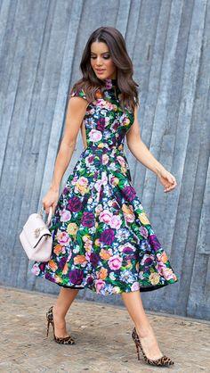 Čudovita obleka, z drugačnimi čevlji