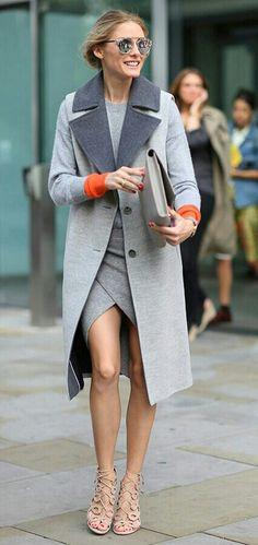 O cinza pode ser muito estiloso, se bem trabalhado, ou combinado com as cores e peças corretas!🍁 Vejam este look cinza, com toque laranja e nude, da Olivia Palermo! Excelente combinação para outono e inverno! Muito fashion e moderno!☔ #style #grayfashion