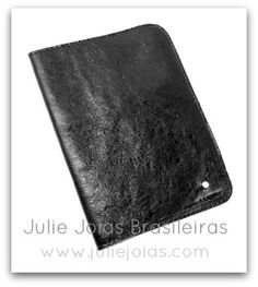 Porta-passaporte em couro com diamante (leather passport cover with diamond)