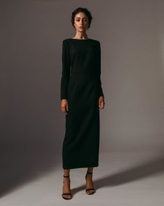 Sheath dress with a cutout on the back, black in the online store of author's clothing Namelezz for elegant and sophisticated girls. Suit Fashion, Work Fashion, I Love Fashion, Modest Fashion, Fashion Dresses, Fashion Design, Classy Outfits, Stylish Outfits, Professional Dresses