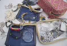 Lisa from Peridot Skys packs her jewelry in our Charleston ML Traveler, Part One