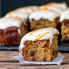 Carrot and Orange Tray Bake. A fluffy moist carrot tray bake with orange infused raisins and zesty cream cheese frosting! Tray Bake Recipes, Baking Recipes, Cake Recipes, Dessert Recipes, Drink Recipes, Carrot Recipes, Sweet Recipes, Orange Recipes, Yummy Recipes