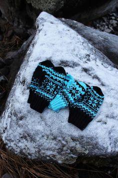 Ravelry: Winter -mittens pattern by Milla H. Mittens Pattern, Knitting Projects, Ravelry, Wool, Knits, Socks, Patterns, Diy, Block Prints