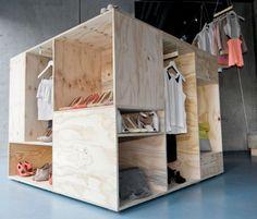 Zalando commissioned Berlin-based designer Sigurd Larsen to create a pop-up shop