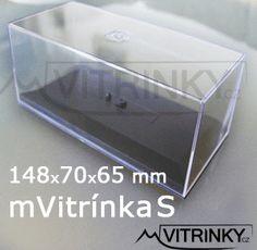 Naše plastová vitrinka na modely 1:43
