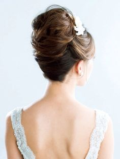 Hair Crown Hairstyles, Party Hairstyles, Bride Hairstyles, Hair Design For Wedding, Wedding Party Hair, Bridal Hairdo, Hairdo Wedding, Hair Arrange, Wedding Beauty