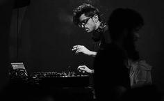 Le média tunisienspécialisé dansla musique electro PeoplesBeats.net a établi le classement des10 meilleurs DJs tunisiens. Cette année, le Tunisien Benjemy était couronné tout en haut de la pyramide avec 24.3% des votes. Ahmed Benjemyreconnu pour sontalent mais aussi et surtout pour saprestation endiablée dans ce qui est la Mecque de la performance electro en live …