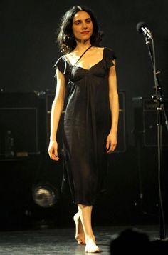 maxi dresses pj harvey - I love Maxi dress Charlotte Gainsbourg, Indie Fashion, Dark Fashion, Punk Rock Girls, Scottish Women, Women In Music, Fairy Dress, Beautiful People, Street Style