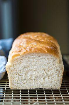 Easy Homemade White Bread Recipe - I Heart Eating Homade Bread Recipes, Multigrain Bread Recipe, Bread Maker Recipes, Yeast Bread Recipes, Baking Recipes, Homemade Breads, Easy White Bread Recipe, Homemade White Bread, Amish White Bread