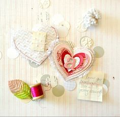 adorable placecards for Valentine's.  Has pocket in back for notes <3