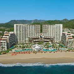 Enjoy free flow access to#NowAmber #PuertoVallartawhile staying at #SecretsVallartaBay. Enhance this luxury experience. Its time to #LiveNewUVCmemories. #SafeVacation.  Disfruta de libre acceso a #NowAmber #PuertoVallarta mientras te hospedas en #SecretsVallartaBay. Eleva tu experiencia de lujo. Es hora de vivir #NuevosRecuerdosUVC. #VacacionesSeguras. Now Amber Puerto Vallarta, Puerto Vallarta Resorts, Ocean View Wedding, Inclusive Holidays, Family Friendly Resorts, Wedding Venues Beach, Plunge Pool, Spa, Live