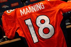 I <3 Manning my Boyfriend woop woop my dream of him on the broncos finally came true!!! I dont need to follow colts anymore
