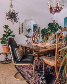 No better way to start the week than with new chairs. - Home FTH - Home Decor Ideas Dream Apartment, Apartment Living, Deco Boheme, Bohemian House, Interior Decorating, Interior Design, House Rooms, Home And Living, Decoration