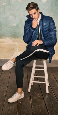 Up your style game with our brand new spring collection featuring layering essentials, gym-ready sportswear and premium prints.