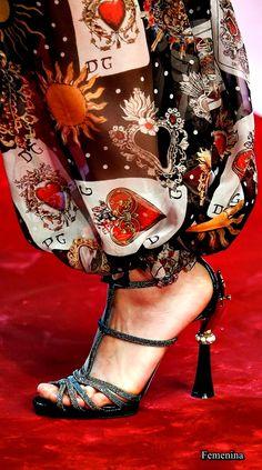 Dolce   Gabbana Spring 2018 Ready-to-Wear Accessories Photos - Vogue 5c60ab12244
