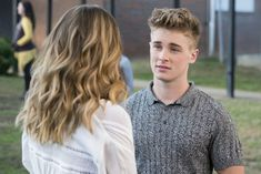Michael Provost in Insatiable INSATIABLE ON NETFLIX has its fair share of heart-breakers, but Brick Armstrong is one of the most popular. Here's everything you need to know about what happened to Brick and who plays him. Series Canceladas, Movies And Series, Insatiable Netflix, Films Netflix, Maxon Schreave, Soprano, Debby Ryan, Cute Actors, Cute Celebrities
